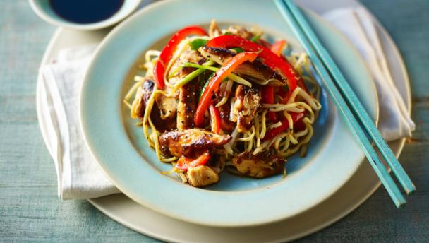 Bbc food recipes chicken chow mein chicken chow mein forumfinder Image collections