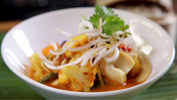 Bbc food recipes thai vegetable curry thai vegetable curry forumfinder Images