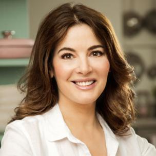 Nigella lawson spoken language cooking shows